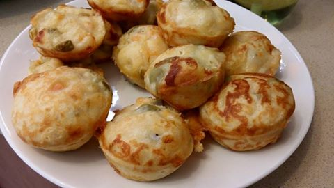 מאפי גבינה בטטה וזיתים / אורי נחום