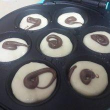 מאפינס ללא גלוטן ממולאים שוקולד/ מירב טיאנו נתן